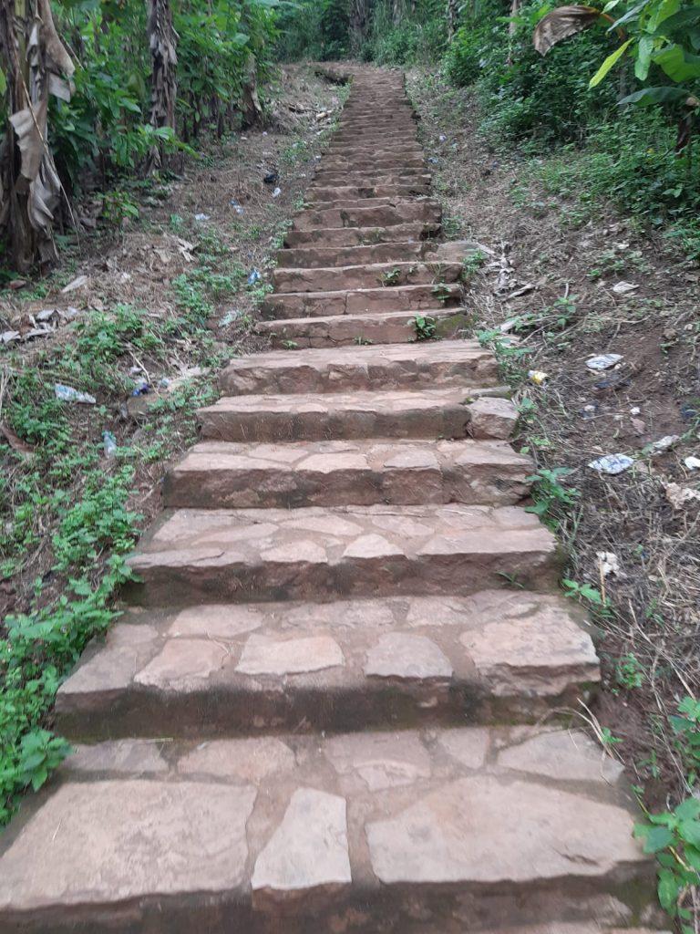 The steps to climb the Prayer mountain