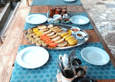 ontbijt bij Moon&Star guesthouse