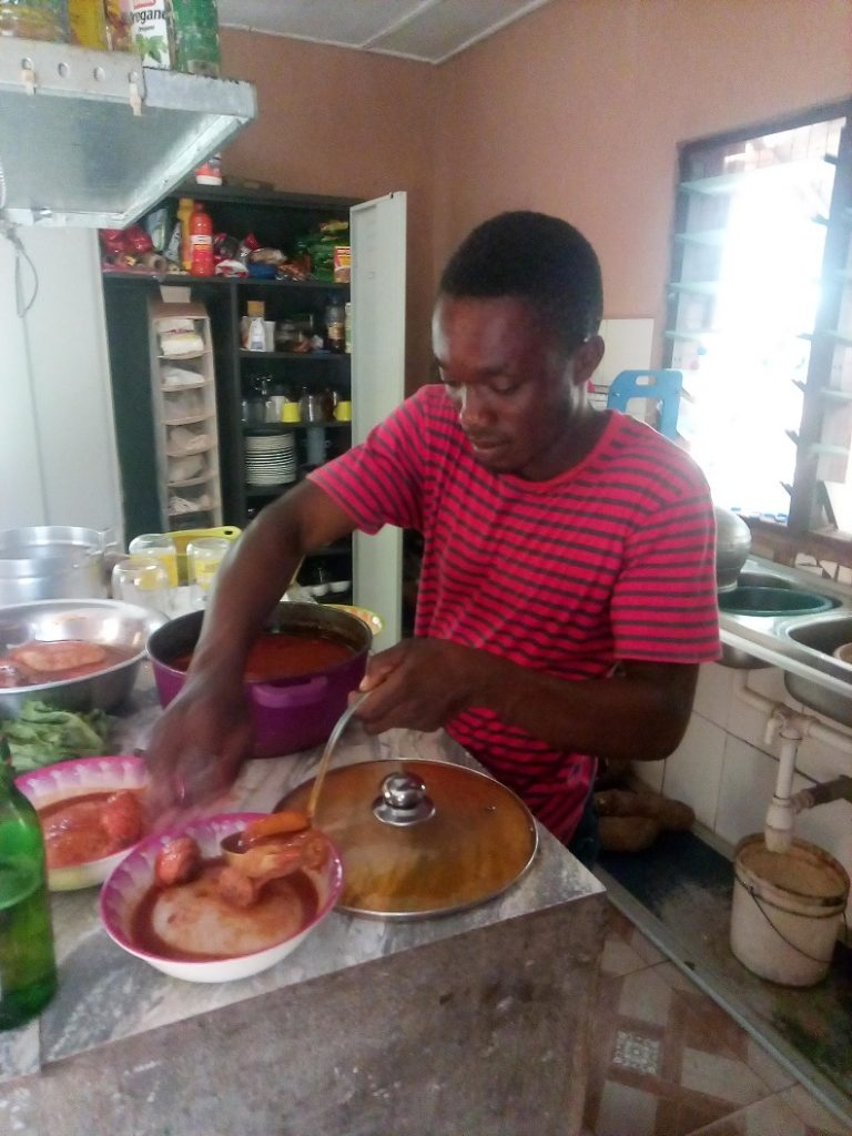 Traditioneel Ghanees eten, fufu