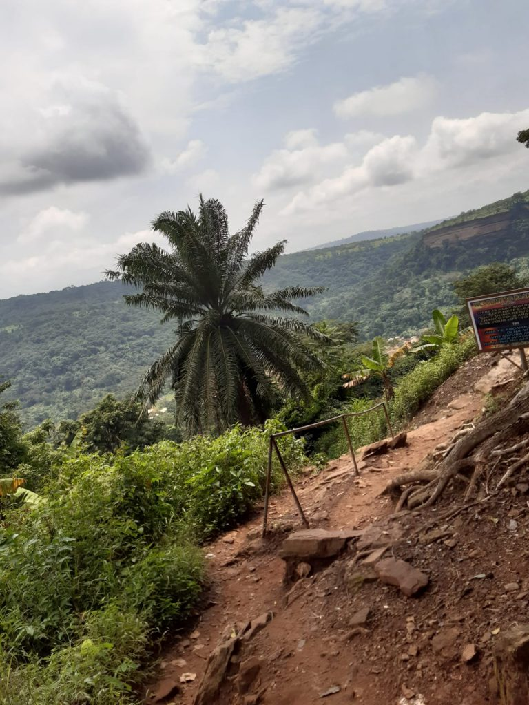 Prayer mountain Ashanti is 1 van de minder bekende plekken die de moeite waard zijn van het bezoeken tijdens jouw vrijwilligerswerk