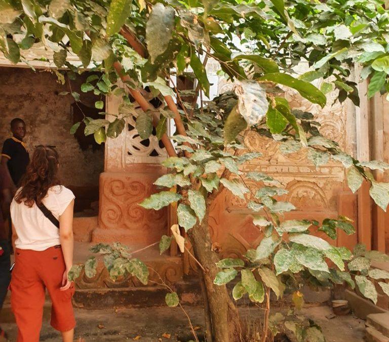 bezoek het traditionele shrine tijdens de Ashanti tour